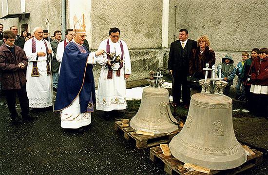 blagoslovljena su dva nova zvona